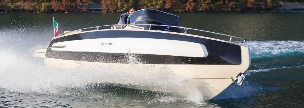 Invictus Yacht 280 TT-11