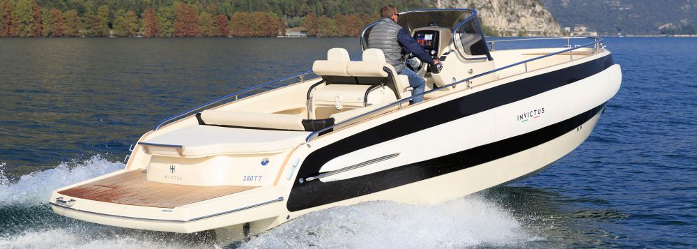 Invictus Yacht 280 TT-2