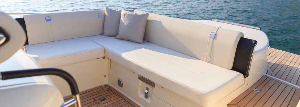 Invictus Yacht 280 TT-6