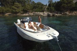 Invictus Yacht 280 SX-1