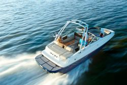 Deckboats range