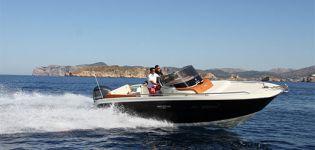 Invictus Yacht 240 CX-1